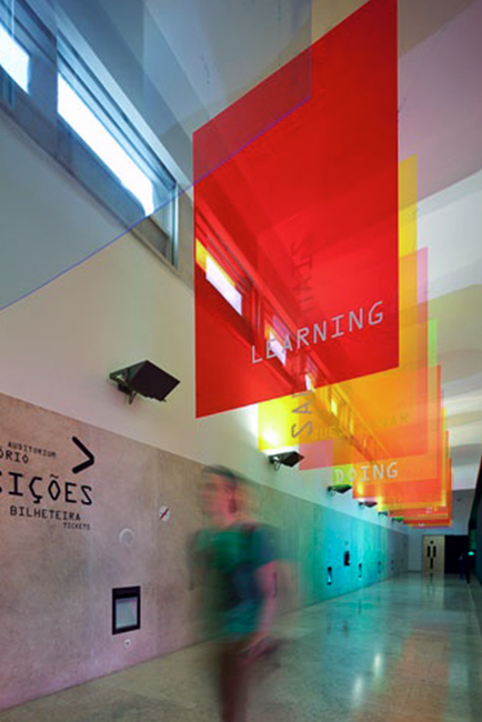 Suspended_signage_example-003